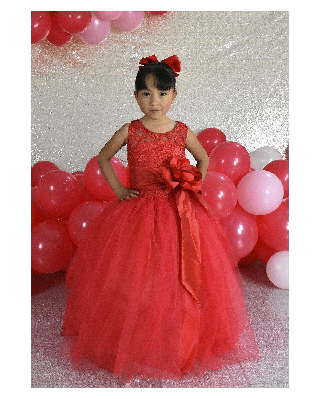 Girl dress Model Yulissa